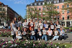 Teilnehmer*innen des FairFashion Stadtrundgangs.