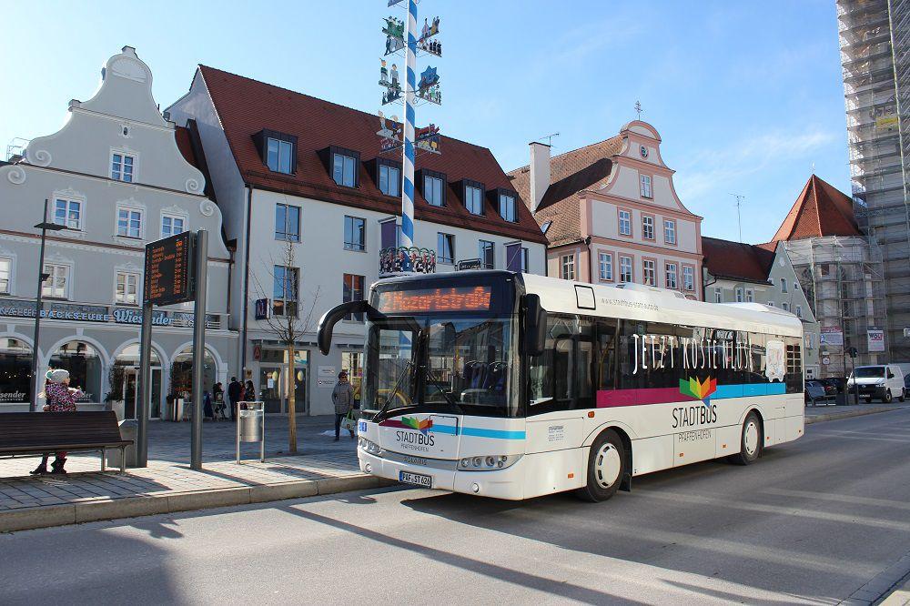 Ein Bus in Pfaffenhofen.