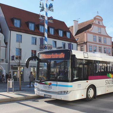 Der Pfaffenhofener Stadtbus in der Innenstadt