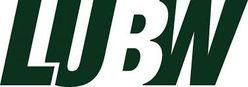 Das Logo der LUBW zeigt die Buchstaben LUBW in grüner, kursiver Schrift. Das B ist weiß