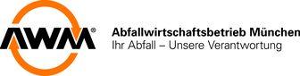 """Das Logo der AWM zeigt zwei halbrunde, orangene Pfeile, die zusammen einen Kreis ergeben und in die Buchstaben AWM führen. Daneben steht der Slogan: """"Abfallwirtschaftsbetrieb München. Ihr Abfall - Unsere Verantwortung"""""""