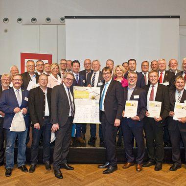 Die Ratsmitglieder der Europäischen Metroploregion Nürnberg.
