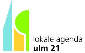"""Das Logo der Agenda 21 in Ulm zeigt das Piktogramm von zwei Häusern und einem Baum mit dem Schriftzug """"lokale agenda ulm 21"""""""